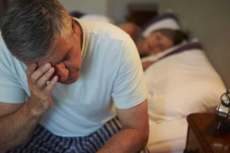 Αϋπνία και διαβήτης: Πώς να διαχειριστείτε τα επίπεδα σακχάρου μετά από μια δύσκολη νύχτα