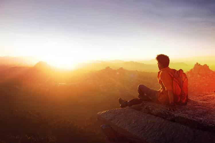 Η ευτυχία είναι ταξίδι, η ζωή είναι ταξίδι, ταξίδεψέ το!