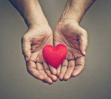 Η αξία της ενσυναίσθησης την ώρα που ο άνθρωπος δοκιμάζεται