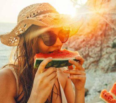 Επαρκής ενυδάτωση το καλοκαίρι: Τι χρειάζεται να γνωρίζουμε