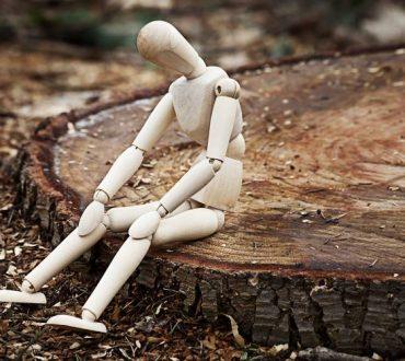 Η χρόνια μοναξιά και η κοινωνική απομόνωση ως αθέατοι εχθροί της υγείας μας