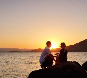 Η επικοινωνία είναι η βάση για όλες τις σχέσεις και κυρίως τις ερωτικές