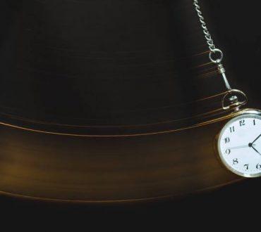 Ύπνωση: Τι είναι και τι λέει η επιστήμη για την αποτελεσματικότητά της;