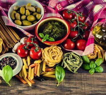Έρευνα: Η μεσογειακή διατροφή συνδέεται με μικρότερο κίνδυνο εμφάνισης κατάθλιψης