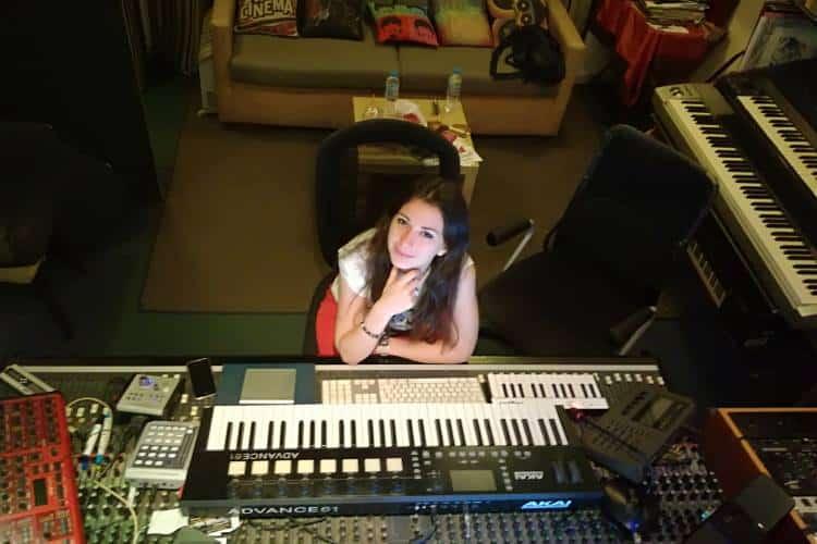 Μαρία Κοτρότσου: Η δημιουργός του καινούριου είδους μουσικής Instelect!