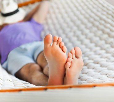 Οι τεμπέληδες ζουν περισσότερο σύμφωνα με νέες μελέτες, γι' αυτό χαλαρώστε...