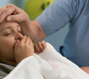Βρογχοπνευμονία: Ποιες είναι οι αιτίες και τα συμπτώματά της