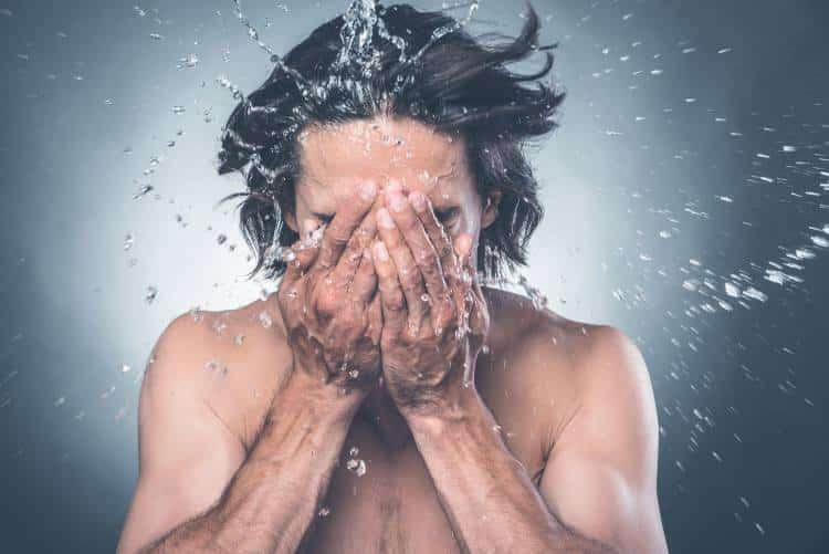 Ξηροδερμία: 8 φυσικές θεραπείες για να την αντιμετωπίσουμε