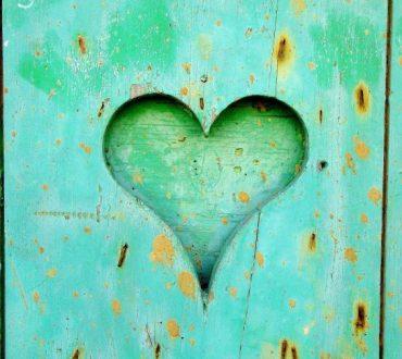 Ας αγαπήσουμε κάποιον με τον τρόπο που θα θέλαμε κι εμείς να αγαπηθούμε