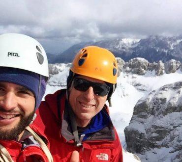 Δύο Έλληνες κατέκτησαν την 8η υψηλότερη κορυφή του κόσμου στα Ιμαλάια