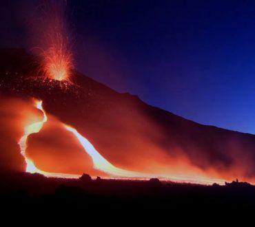 Έρευνα: Επικίνδυνη κατάρρευση του ηφαιστείου της Αίτνας στο Ιόνιο μπορεί να προκαλέσει τσουνάμι