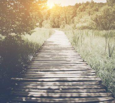 10 πράγματα που αξίζει να αφήσετε πίσω σας πριν από το τέλος του χρόνου