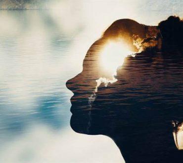 Αξίζεις την αγάπη που προσπαθείς συνεχώς να προσφέρεις σε όλους τους άλλους
