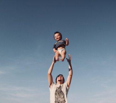 Έρευνα: Οι ευχάριστες αναμνήσεις της παιδικής ηλικίας αποτελούν το κλειδί για καλύτερη υγεία στην ενήλικη ζωή