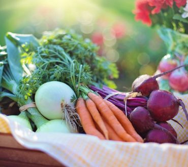 Καρκίνος του μαστού: Πρόληψη και αντιμετώπιση μέσω του τρόπου ζωής και της διατροφής