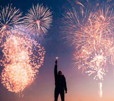 Για το Νέο Έτος ας υιοθετήσουμε 3 νέες συνήθειες για να «πετάξουμε» το συναισθηματικό και νοητικό χάος