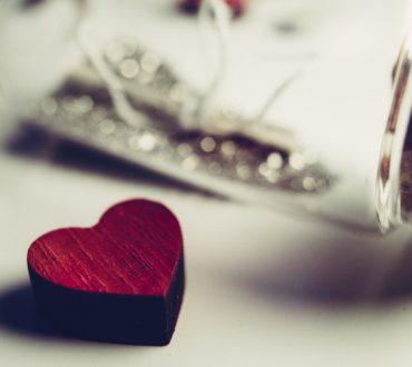 Όταν αναγνωρίζεσαι, δεν σημαίνει ότι αγαπιέσαι. Όταν όμως αγαπιέσαι, ταυτόχρονα αναγνωρίζεσαι