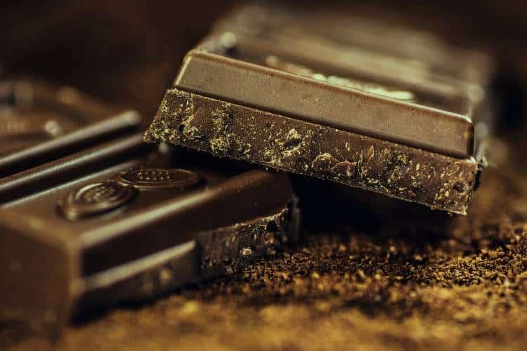 7 τροφές που χρειάζεται να αποφεύγουμε πριν τον ύπνο