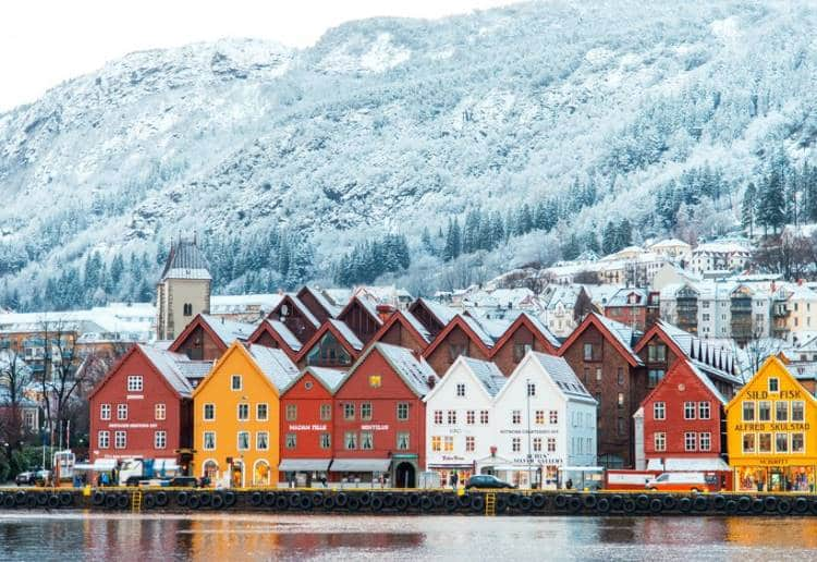 10 παραμυθένια χειμωνιάτικα τοπία από όλο τον κόσμο (φωτογραφίες)