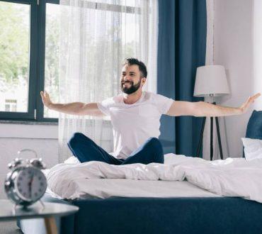 7 πράγματα που χρειάζεται να ξεφορτωθούμε από το υπνοδωμάτιό μας για πιο ξεκούραστο ύπνο