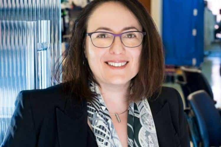 Ελληνίδα ερευνήτρια θα τιμηθεί με διεθνές βραβείο για καινοτομία στην έρευνα της σκλήρυνσης κατά πλάκας
