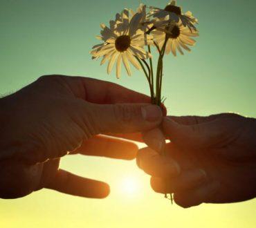 Κάθε ευκαιρία που μας δίνεται να δώσουμε και να πάρουμε αγάπη είναι ένα μάθημα