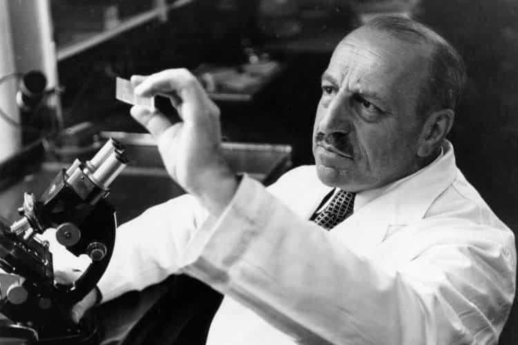 Γεώργιος Παπανικολάου: Ο γιατρός και ερευνητής που έσωσε τις ζωές εκατομμυρίων γυναικών