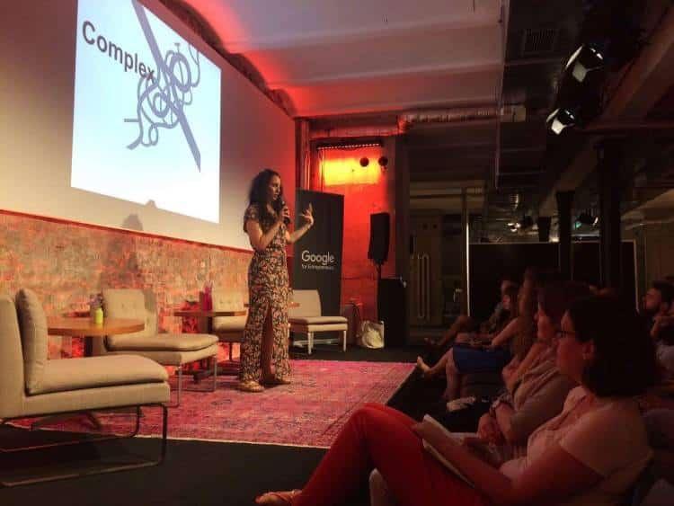 Συνέντευξη με τη Mounira Latrache: 6 λόγοι που το πρόγραμμα Search Inside Yourself είναι για σας