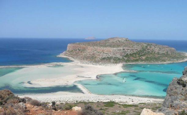 TripAdvisor: 2 ελληνικές παραλίες βρίσκονται ανάμεσα στις καλύτερες παγκοσμίως για το 2019