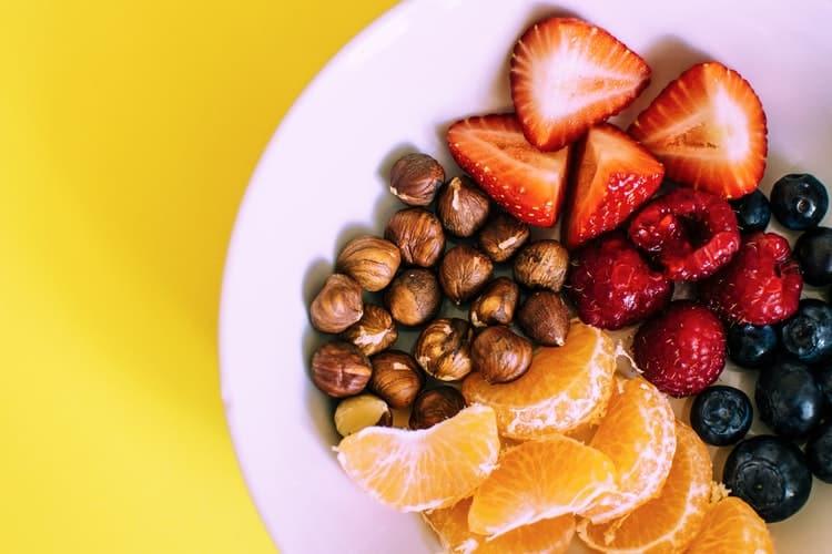 12 τροφές που συμβάλλουν στη μείωση του χρόνιου πόνου