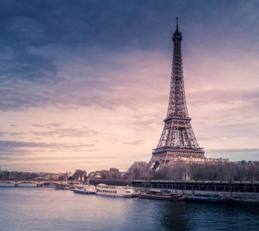 Economist: Οι δέκα ακριβότερες και φθηνότερες πόλεις του πλανήτη