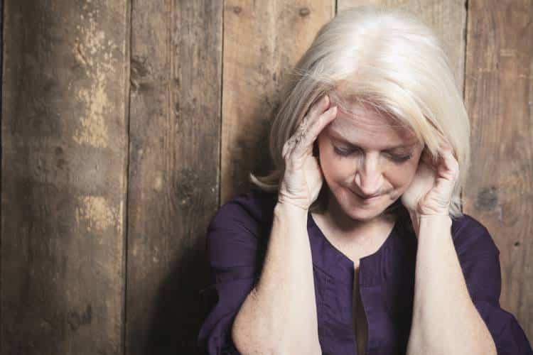 Εμμηνόπαυση: Ποια είναι τα βασικά συμπτώματα και πώς μπορούμε να τα αντιμετωπίσουμε
