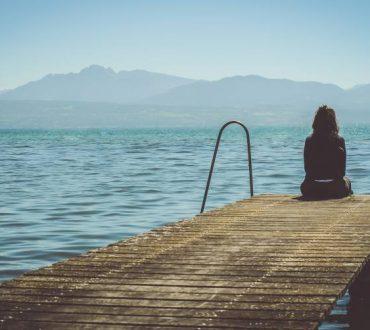 """Ενοχική προσωπικότητα: Όταν η ζωή μας κυριεύεται από """"πρέπει"""""""