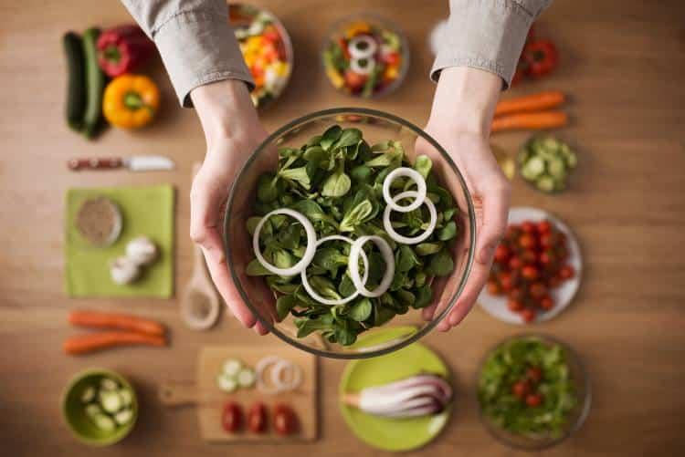 Η φυτική διατροφή χαμηλή σε λιπαρά βοηθά στην αντιμετώπιση της στεφανιαίας νόσου