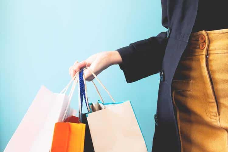 Καταναλωτική μανία: Προσπαθώντας να καλύψουμε το αίσθημα κενού μέσω των υλικών αγαθών