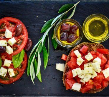 Η Μεσογειακή διατροφή ενισχύει την αθλητική απόδοση σε μόλις 4 μόλις μέρες