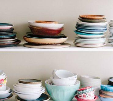 Πώς μπορούμε να καθαρίσουμε την κουζίνα μέσα σε 15 λεπτά