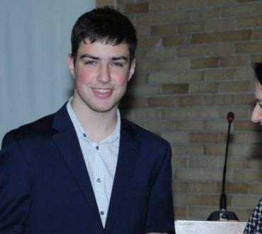 Τρίκαλα: Ο μαθητής - θαύμα που σαρώνει τα βραβεία μαθηματικών παγκοσμίως