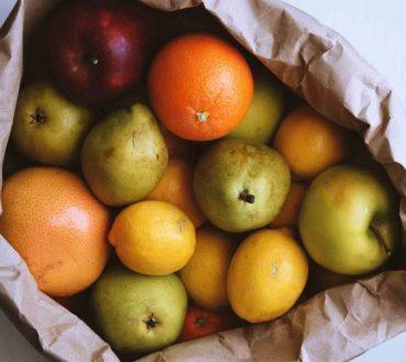 Ποια λαχανικά και φρούτα περιέχουν τα περισσότερα φυτοφάρμακα και ποια τα λιγότερα