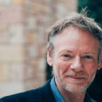Paul Jones: Ο Νεοζηλανδός εκπαιδευτής που αγάπησε την Ελλάδα και διδάσκει τη μέθοδο BreathWork