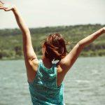 H άσκηση μας κάνει πιο ευτυχισμένους από τα χρήματα, σύμφωνα με έρευνα