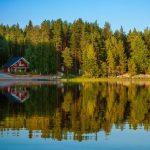 Η Φινλανδία προσφέρει δωρεάν διαμονή σε όσους θέλουν να μάθουν τα «μυστικά» της ευτυχίας