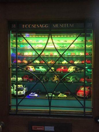 Ελβετία: Ένα ολόκληρο μουσείο που χωρά σε ένα μικρό παράθυρο σπιτιού