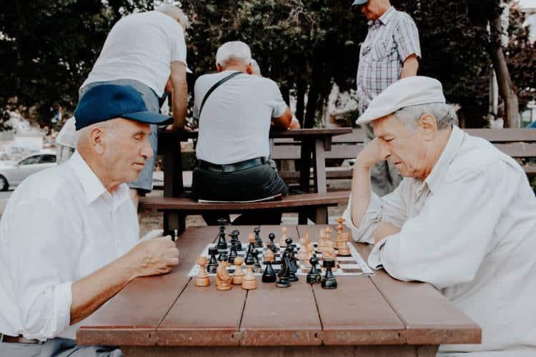 Έρευνα: Οι ηλικιωμένοι που νιώθουν ότι η ζωή τους έχει σκοπό ζουν περισσότερο