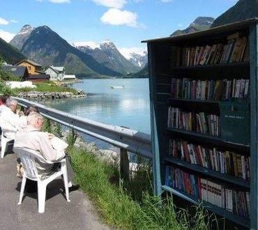 Mundal: Το νορβηγικό χωριό που έχει περισσότερα βιβλία παρά κατοίκους (φωτογραφίες)