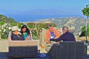 Εναλλακτικές Διακοπές και ανάπτυξη ανώτερης νοημοσύνης με ήχους HEMI-SYNC® – The Monroe Institute