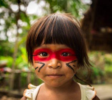 Φυλή του Αμαζονίου έσωσε μισό εκατομμύριο στρέμματα τροπικού δάσους από την κυβέρνηση του Εκουαδόρ