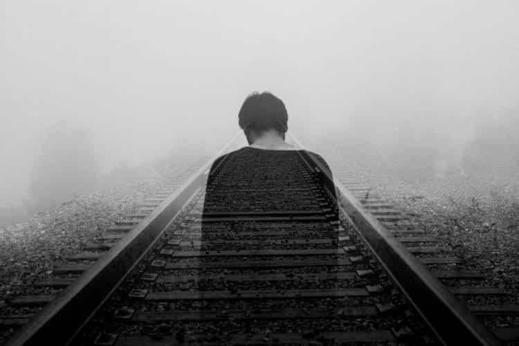 Πώς να μην παγιδευόμαστε στη θλίψη