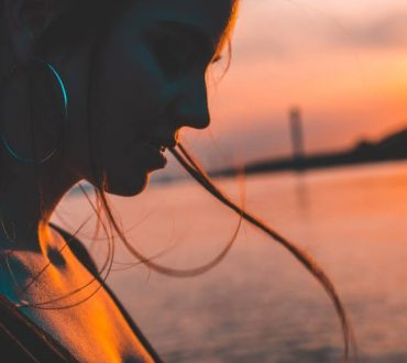 Να μιλάς από καρδιάς ακόμα κι αν τρέμει η φωνή σου