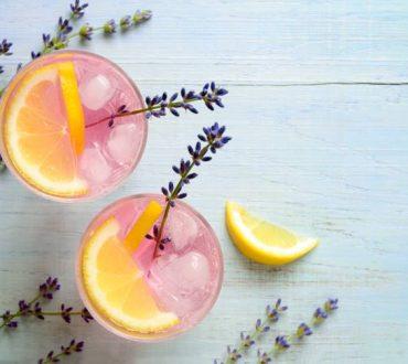 Πώς να φτιάξουμε λεμονάδα με λεβάντα για ανακούφιση από τον πονοκέφαλο